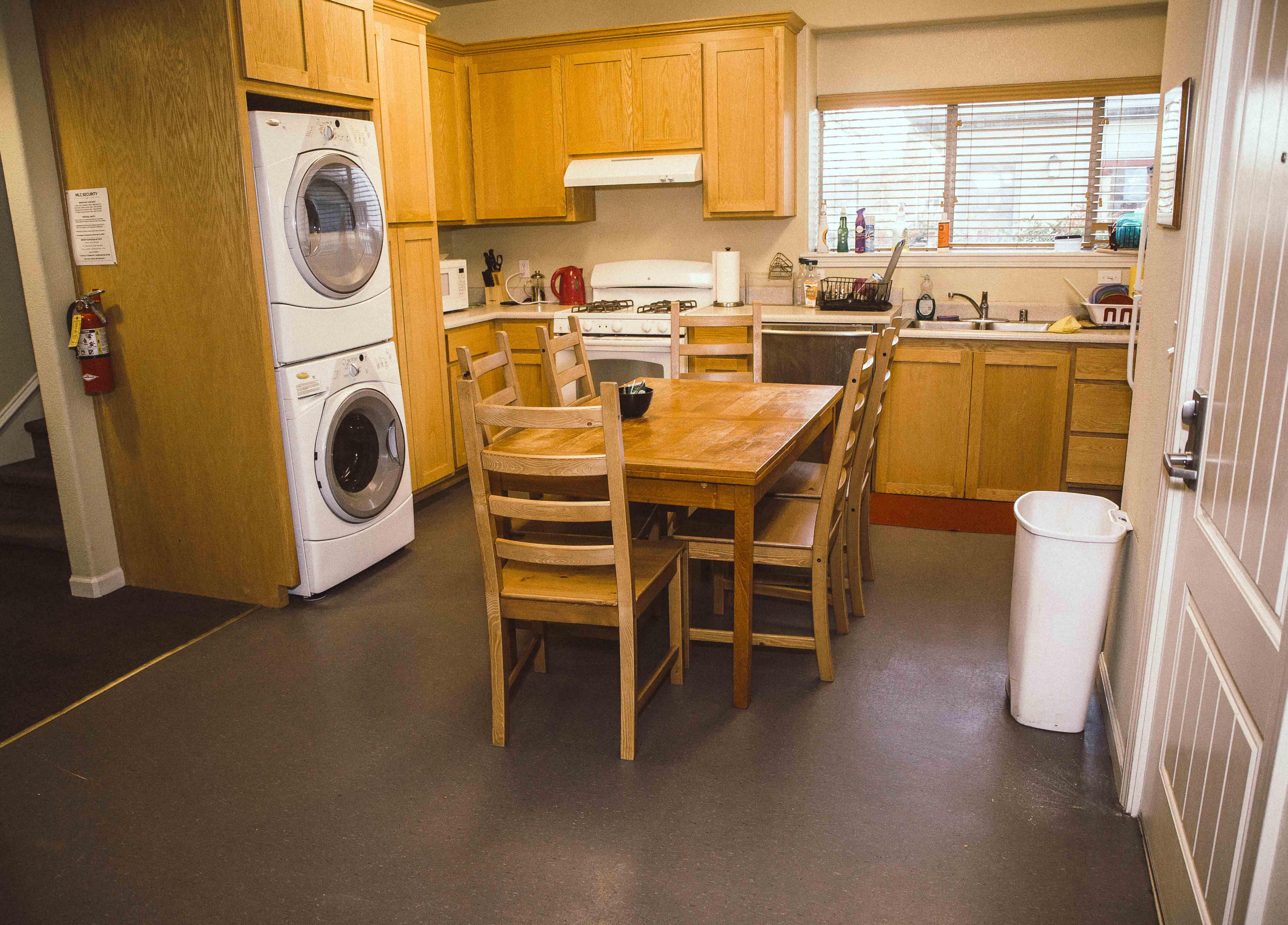 Standard Kitchen 2